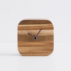 TC-0010  Table Clock