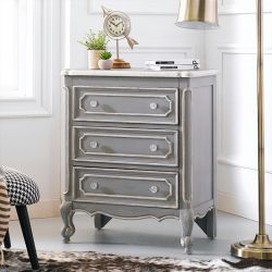 DS-766008  Accent Chest