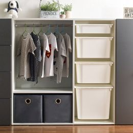 May-100  Open Closet w/ Hanger