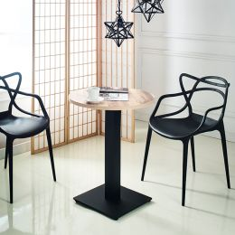 Chica-R-Vintage  Table