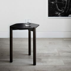 1005863-048 Blk/Wal Side Table