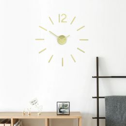 1013169-104 Wall Clock